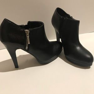 Apt 9 Ankle Booties